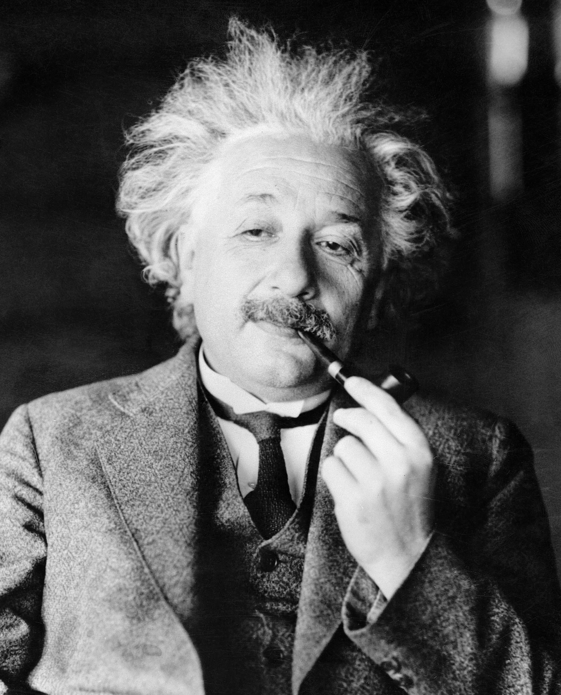 Albert Einstein - Wallpaper Hot